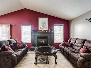 Photo 5: 57 Brightondale Parade SE in Calgary: New Brighton Detached for sale : MLS®# A1057085