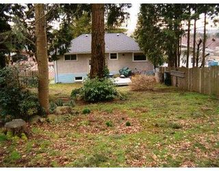 Photo 5: 5489 Marine Drive in Burnaby: South Slope House for sale (Burnaby South)  : MLS®# V634466