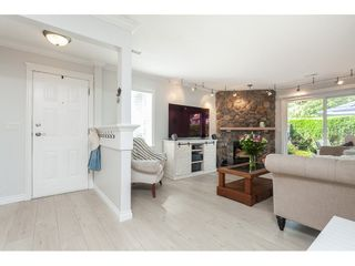 """Photo 1: 513 34909 OLD YALE Road in Abbotsford: Abbotsford East Condo for sale in """"The Gardens"""" : MLS®# R2486024"""
