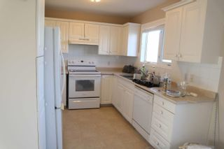 Photo 6: 4923 46 Street: Thorsby Attached Home for sale : MLS®# E4265336
