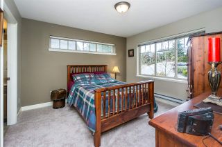 """Photo 15: 26 6238 192 Street in Surrey: Cloverdale BC Townhouse for sale in """"Bakerview Terrace"""" (Cloverdale)  : MLS®# R2248106"""