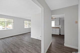 Photo 5: 635 ACADIA Drive in Saskatoon: West College Park Residential for sale : MLS®# SK864203
