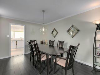 """Photo 12: 6340 HOLLY PARK Drive in Delta: Holly House for sale in """"SUNRISE"""" (Ladner)  : MLS®# R2558311"""