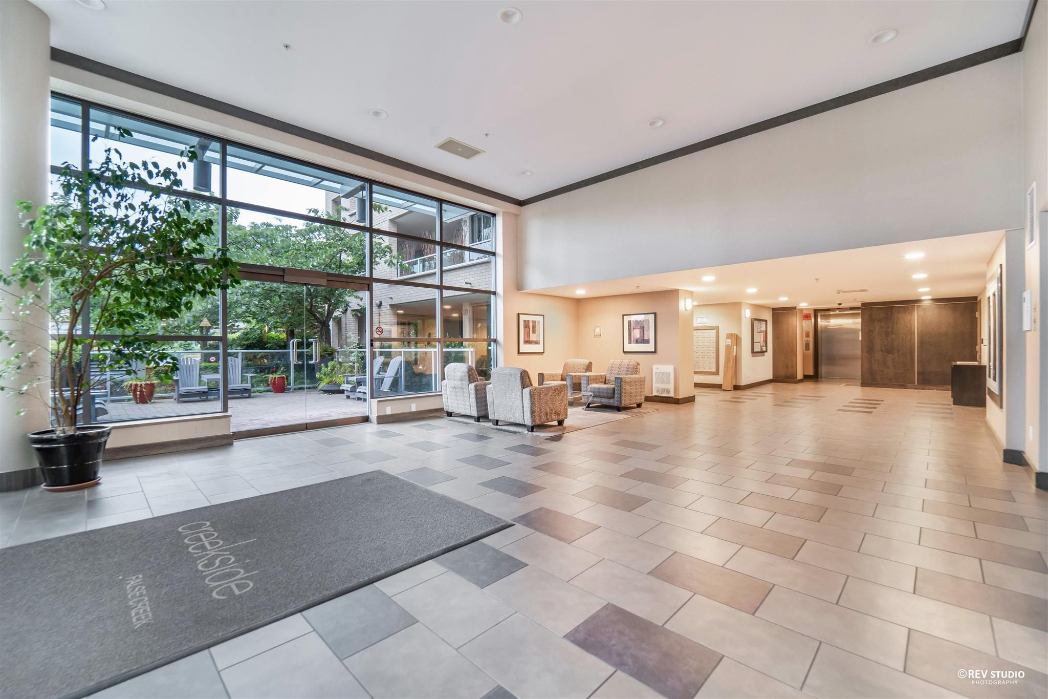 Main Photo: 505 125 MILROSS Avenue in Vancouver: Downtown VE Condo for sale (Vancouver East)  : MLS®# R2607968