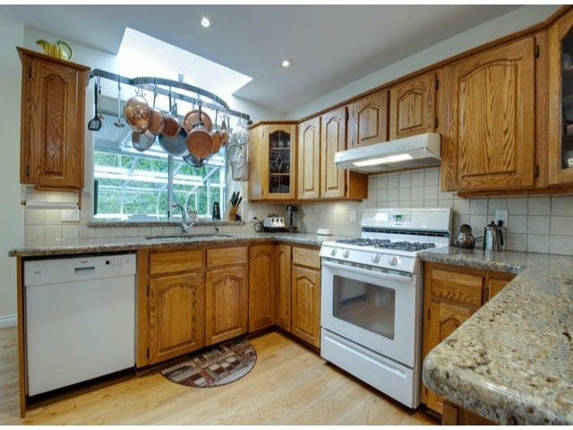 "Photo 2: Photos: 15515 BUENA VISTA Avenue: White Rock House for sale in ""Vista Hills"" (South Surrey White Rock)  : MLS®# F1312289"