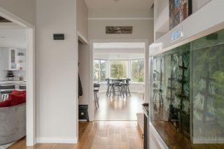 """Photo 3: 20506 POWELL Avenue in Maple Ridge: Northwest Maple Ridge House for sale in """"Powell Ave"""" : MLS®# R2537732"""
