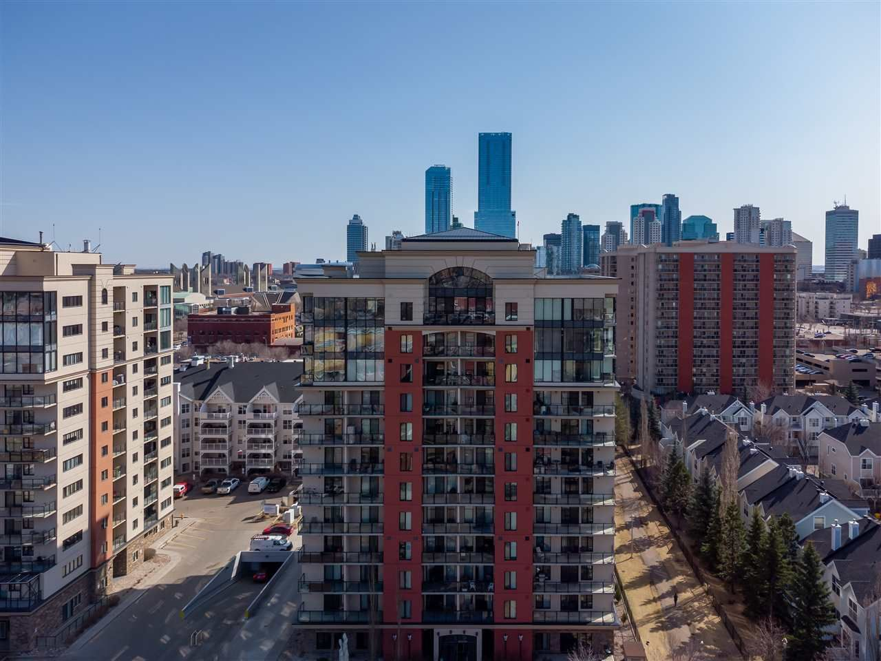 Main Photo: 1010 10303 111 Street in Edmonton: Zone 12 Condo for sale : MLS®# E4237946
