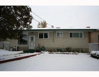 Photo 19: 7507 HUNTRIDGE Crescent NE in CALGARY: Huntington Hills Residential Detached Single Family for sale (Calgary)  : MLS®# C3398976