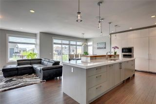 Photo 3: 75 ASPEN SUMMIT View SW in Calgary: Aspen Woods Detached for sale : MLS®# C4299831