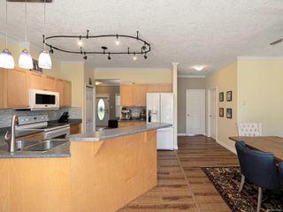 Photo 9: 15 315 Six Mile Rd in : VR Six Mile Row/Townhouse for sale (View Royal)  : MLS®# 872809