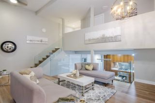 """Photo 2: 428 HELMCKEN Street in Vancouver: Yaletown Townhouse for sale in """"H & H"""" (Vancouver West)  : MLS®# R2282518"""