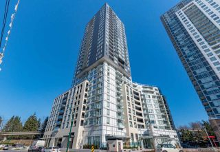 """Photo 2: 305 5470 ORMIDALE Street in Vancouver: Collingwood VE Condo for sale in """"WALL CENTRE CENTRAL PARK"""" (Vancouver East)  : MLS®# R2555276"""
