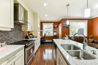 Photo 6: 8 9077 150 STREET in Surrey: Bear Creek Green Timbers Townhouse for sale : MLS®# R2355440