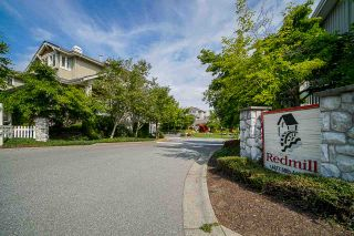 """Photo 32: 37 14877 58 Avenue in Surrey: Sullivan Station Townhouse for sale in """"Redmill"""" : MLS®# R2486126"""