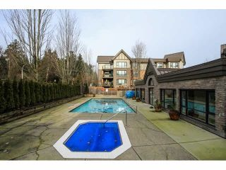 "Photo 3: 103 9978 148TH Street in Surrey: Guildford Condo for sale in ""HIGHPOINT GARDENS"" (North Surrey)  : MLS®# F1430440"