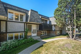 Main Photo: 4 1743 24A Street SW in Calgary: Shaganappi Row/Townhouse for sale : MLS®# A1125399