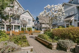 "Photo 1: 9 6300 LONDON Road in Richmond: Steveston South Townhouse for sale in ""LONDON LANDING"" : MLS®# R2152862"
