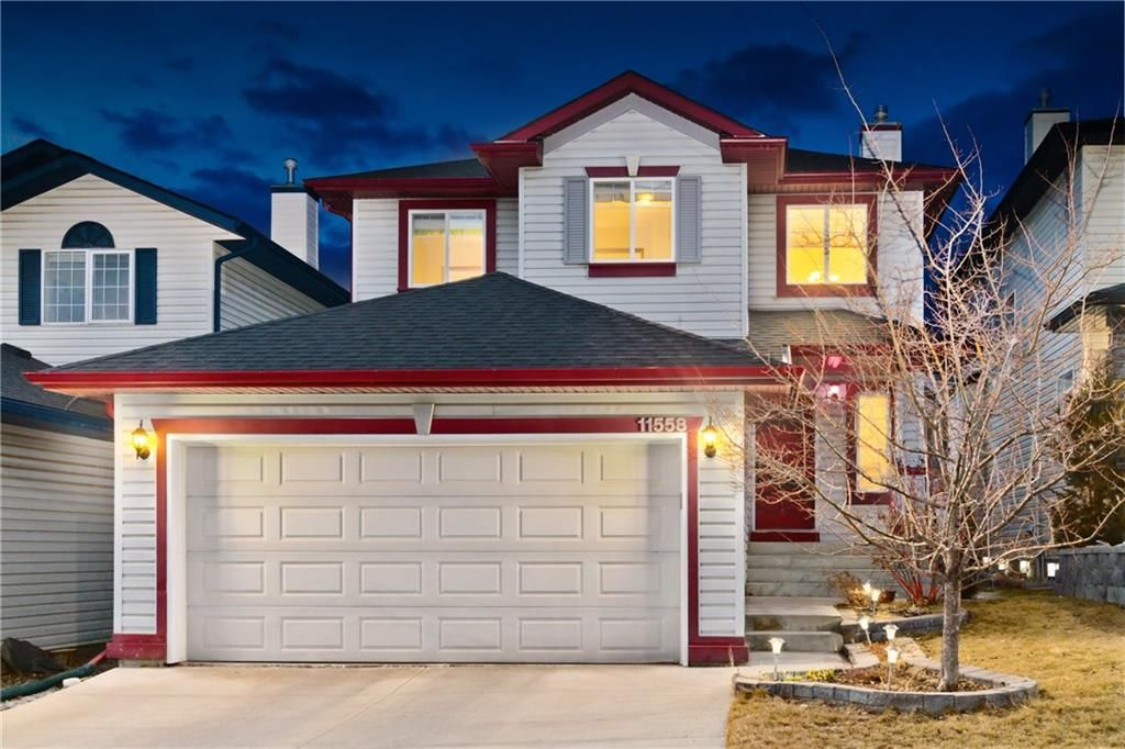 Main Photo:  in Calgary: Tuscany House for sale : MLS®# C4252622