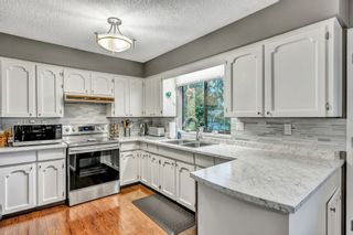 """Photo 7: 421 MCGILL Drive in Port Moody: College Park PM House for sale in """"COLLEGE PARK"""" : MLS®# R2525883"""