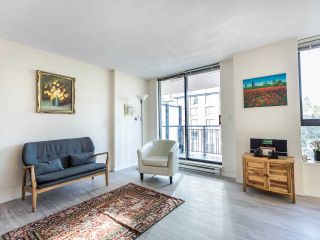 """Photo 2: 803 813 AGNES Street in New Westminster: Downtown NW Condo for sale in """"The News"""" : MLS®# R2435309"""