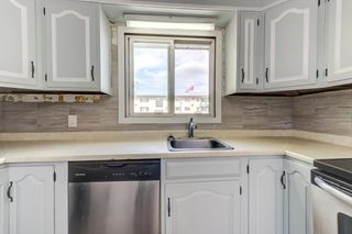 Photo 7: 4030 117 Avenue in Edmonton: Zone 23 House for sale : MLS®# E4246156