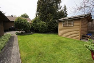 "Photo 17: 15727 88 Avenue in Surrey: Fleetwood Tynehead House for sale in ""Fleetwood"" : MLS®# R2366898"