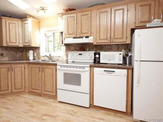 Photo 14: 116 BAYNES DRIVE in FANNY BAY: CV Union Bay/Fanny Bay Manufactured Home for sale (Comox Valley)  : MLS®# 702330