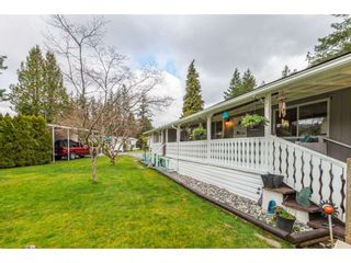 """Photo 4: 14 20071 24 Avenue in Langley: Brookswood Langley Manufactured Home for sale in """"Fernridge Park"""" : MLS®# R2562399"""