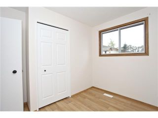 Photo 9: 3439 30A Avenue SE in Calgary: West Dover House for sale : MLS®# C3647470