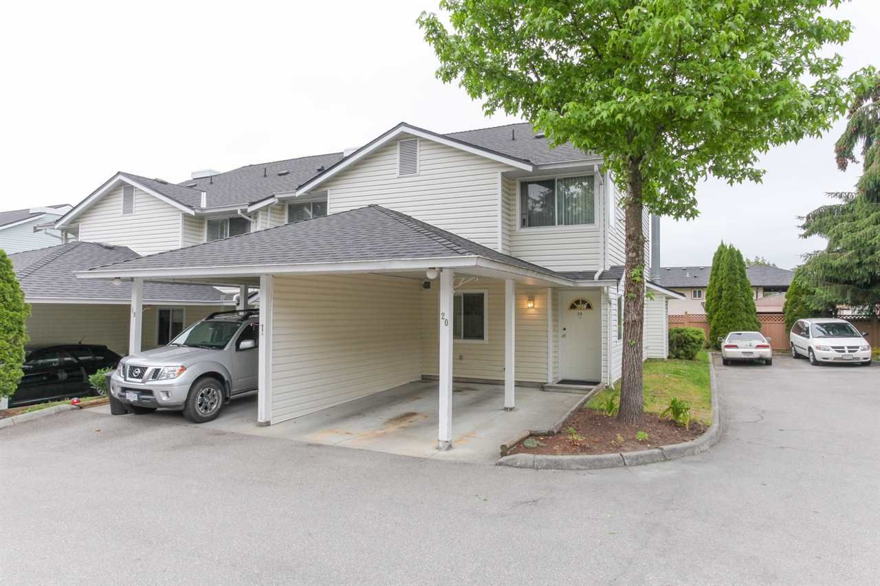 """Main Photo: 20 22411 124 Avenue in Maple Ridge: East Central Townhouse for sale in """"CREEKSIDE VILLAGE"""" : MLS®# R2177898"""