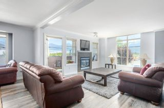 """Photo 3: 10 46151 AIRPORT Road in Chilliwack: Chilliwack E Young-Yale Townhouse for sale in """"AVION PLACE"""" : MLS®# R2603703"""