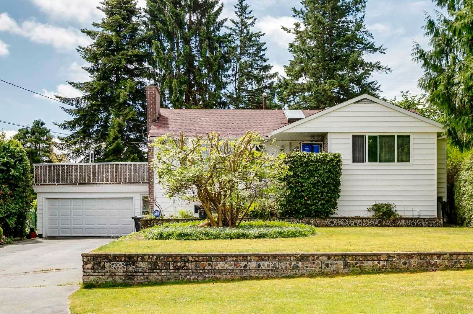 Main Photo: 1640 EDEN Avenue in Coquitlam: Central Coquitlam House for sale : MLS®# R2595452
