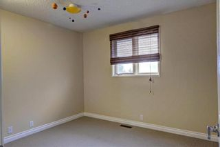Photo 15: 43 STRATHEARN Crescent SW in Calgary: Strathcona Park Detached for sale : MLS®# C4183952