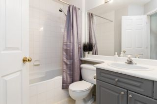 Photo 10: 502 13900 HYLAND ROAD in : East Newton Townhouse for sale : MLS®# R2258314