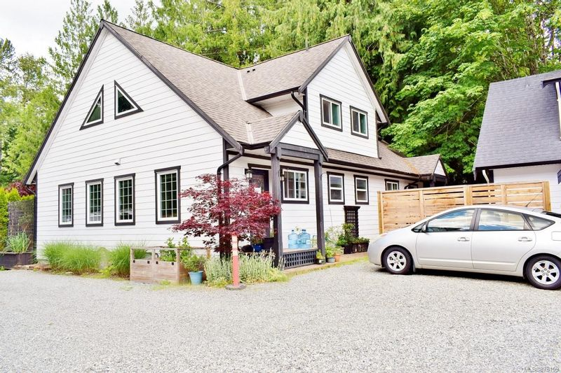 FEATURED LISTING: 7 - 77 Nelson Rd