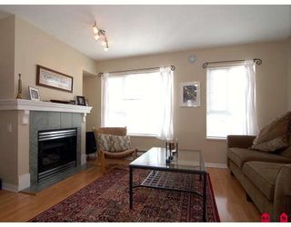 """Photo 3: 27 8844 208TH Street in Langley: Walnut Grove Townhouse for sale in """"Mayberry"""" : MLS®# F2904935"""