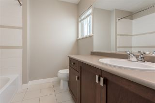 """Photo 28: 2290 CHARDONNAY Lane in Abbotsford: Aberdeen House for sale in """"Pepin Brook"""" : MLS®# R2555950"""