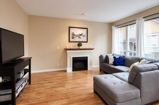 """Photo 6: 13 16789 60 Avenue in Surrey: Cloverdale BC Townhouse for sale in """"LAREDO"""" (Cloverdale)  : MLS®# R2623351"""
