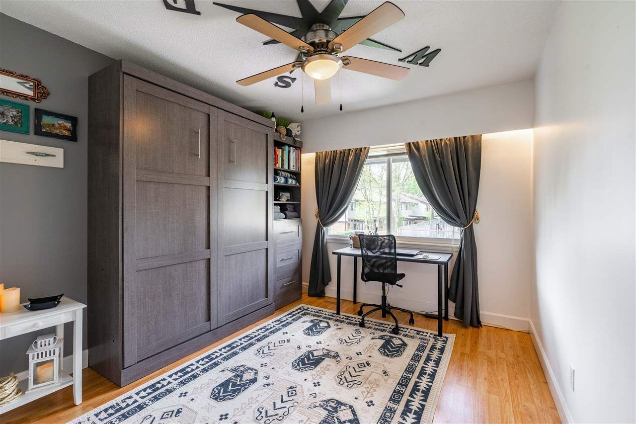 Photo 15: Photos: 21 3046 COAST MERIDIAN ROAD in Port Coquitlam: Birchland Manor Townhouse for sale : MLS®# R2452233