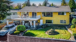 """Photo 2: 40 E TENTH Avenue in New Westminster: The Heights NW House for sale in """"Heights"""" : MLS®# R2617356"""