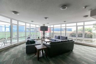 Photo 4: # 1605 - 892 Carnarvon Street in New Westminster: Downtown NW Condo for sale : MLS®# R2077064