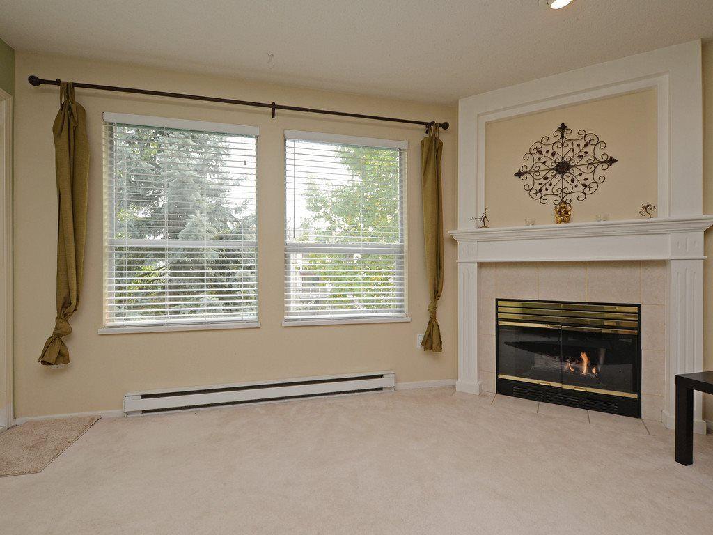 Photo 2: Photos: 412 1575 BEST Street: White Rock Condo for sale (South Surrey White Rock)  : MLS®# R2299527