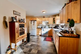 Photo 8: 1527 WILLOW Street: Telkwa House for sale (Smithers And Area (Zone 54))  : MLS®# R2625958