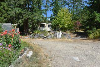 Photo 17: 1142 ROBERTS CREEK Road: Roberts Creek House for sale (Sunshine Coast)  : MLS®# R2612861