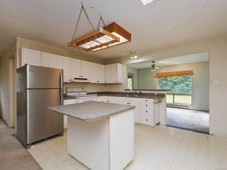 Photo 7: 2836 Woodhaven Rd in : Sk French Beach House for sale (Sooke)  : MLS®# 863540