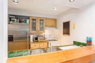"""Photo 6: 3548 POINT GREY Road in Vancouver: Kitsilano Townhouse for sale in """"MARINA PLACE"""" (Vancouver West)  : MLS®# R2576104"""