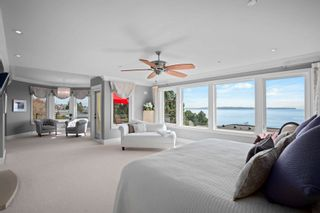 """Photo 19: 14342 SUNSET Drive: White Rock House for sale in """"White Rock Beach"""" (South Surrey White Rock)  : MLS®# R2590689"""