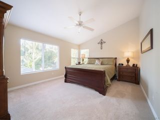 Photo 20: House for sale : 5 bedrooms : 5630 Glenstone Way in San Diego