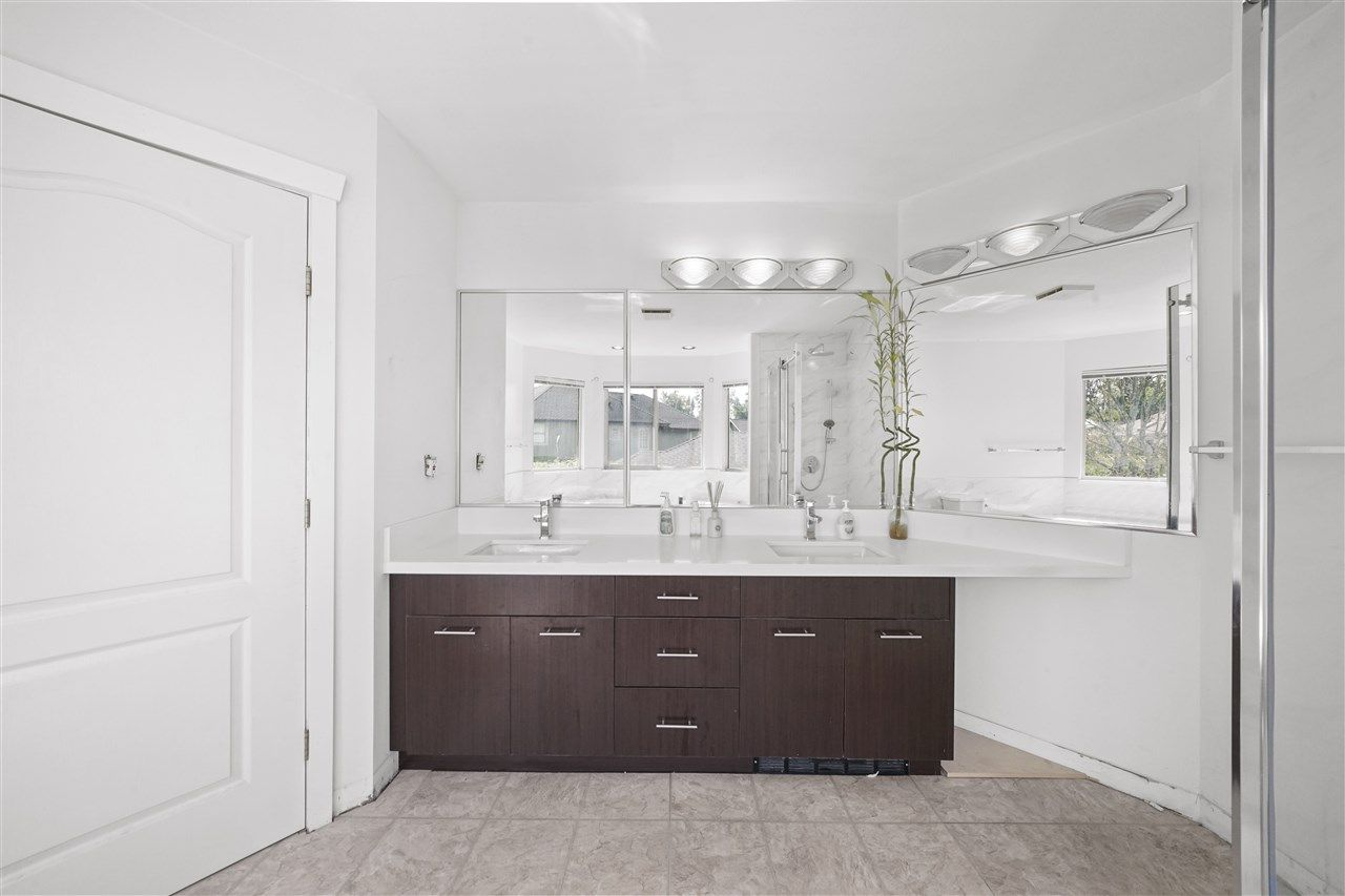 """Photo 7: Photos: 5268 CLIPPER Place in Delta: Neilsen Grove House for sale in """"MARINA GARDENS"""" (Ladner)  : MLS®# R2396213"""