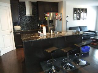Photo 6: 5138 Corvette Street in Edmonton: Zone 27 House for sale : MLS®# E4241742